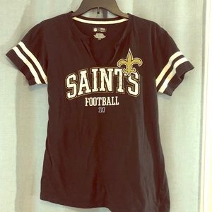 🔸Donated Saints football women's tee size large